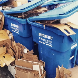 2015-09-10 commercial recycling bins