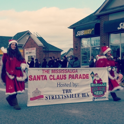 Queen St. was the place to be Sunday, Nov. 29, 2015 for the Mississauga Santa Claus Parade. Photo: Kelly Roche/QEW South Post