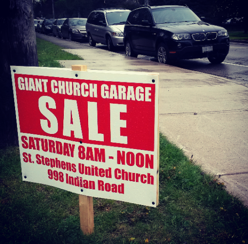 Parking was hard to come by early Saturday at the annual St. Stephen's-on-the-Hill United Church garage sale in Lorne Park on May 14, 2016. (Photo: Kelly Roche/QEW South Post)