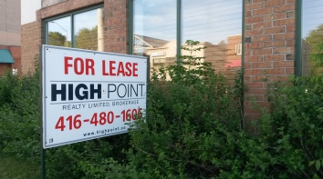 """The Running Room's Port Credit location has closed. """"The consumers just didn't continue to support us in the same way that they initially had, so it was time to relocate,"""" said founder John Stanton. (Photo: Kelly Roche/QEW South Post)"""