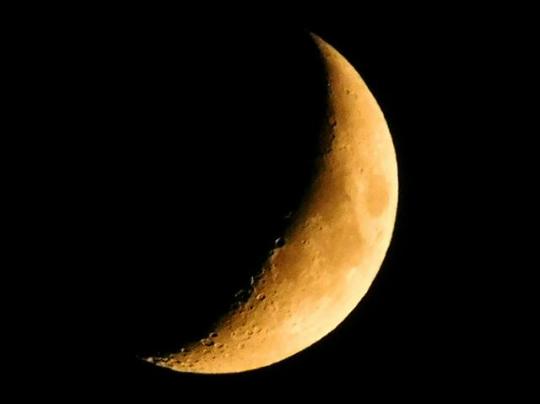 jedstorm-moon-shot